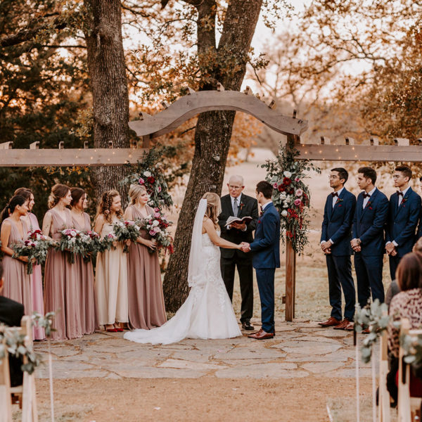 Oak&Ivy-Outdoor-Wedding-Lauren